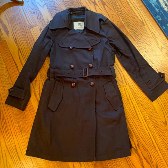 Burberry London Trench Coat size 6